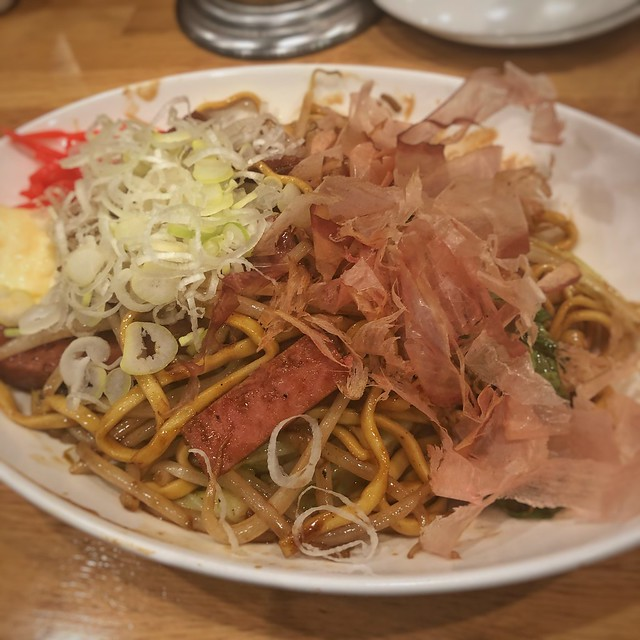 沖縄麺の焼きそば@鉄板ジョニー